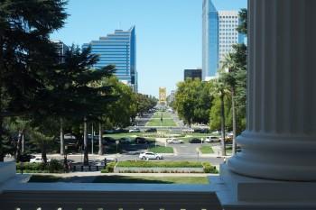 Boulevard vor dem Kapitol in Sacramento